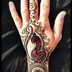 1. Hegyiné Hegedűs Gyöngyvér, hennafestés