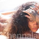 Rihanna shows off henna tattoos