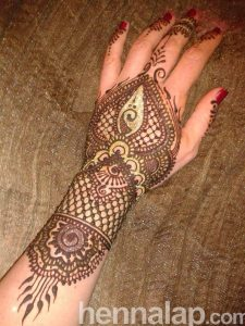 Kéz henna 1