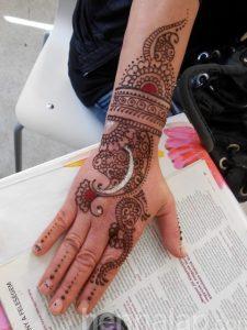 Kéz henna 3