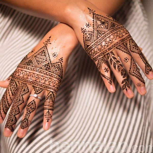Lisa Butterworth (Henna by Kenzi)