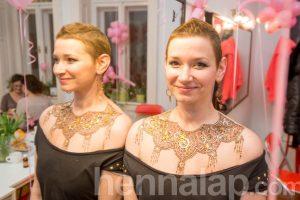 Remény & Szépség napja a CsillámVilág-ban. Hennafestő: Hegyiné Hegedűs Gyöngyvér