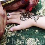 Tippek a bőrgyógyásztól: Erre figyeljen, ha henna tetoválást csináltat!