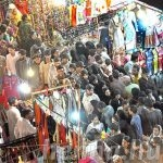 Bangles, henna shops attract girls as Eid shopping reaches to peak