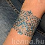 Színes henna helyett: színes, hennához hasonló testfestés